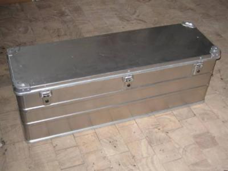 9d6d3120f23c4 Hliníkový box 163L | Offroad obchod